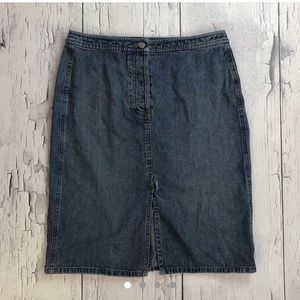 Vintage Denim skirt size 6 Ann Taylor